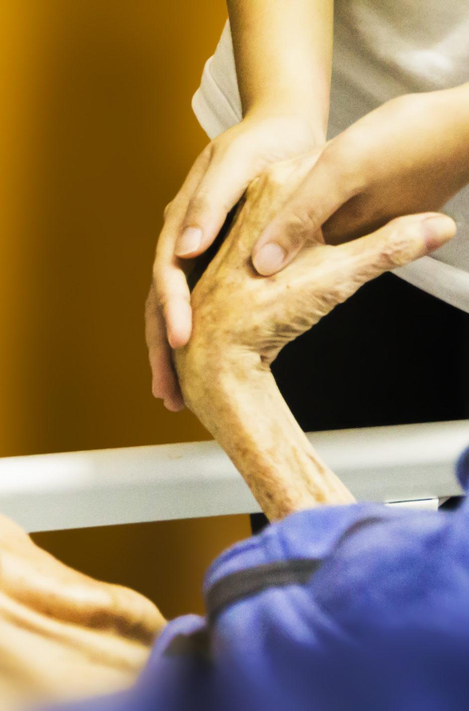 Echte Nächstenliebe – Caritas und Diakonie stellen sich quer bei der branchenweiten Lohnerhöhung für Pflegekräfte, Foto: pixabay.com